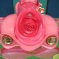 Rose_petal_placeroadster_vehicle_2